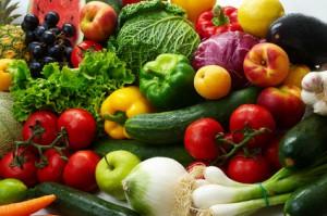 Obst und Gemüse auf einem Tisch